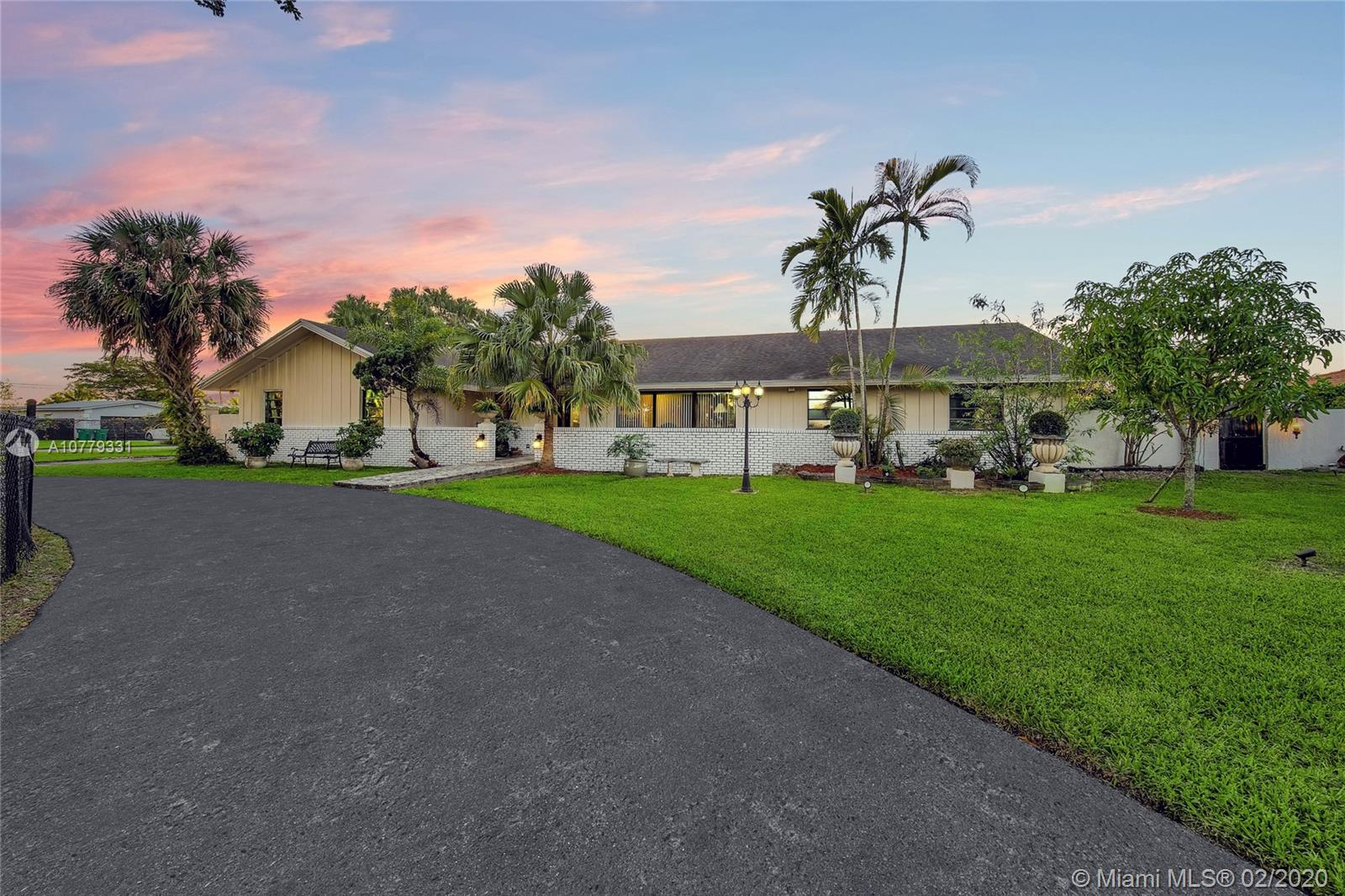 27550 SW 168th Ave  For Sale A10779331, FL
