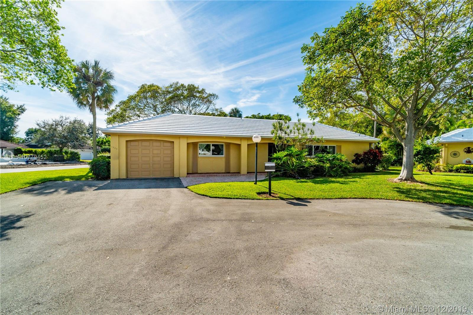 Undisclosed For Sale A10779452, FL