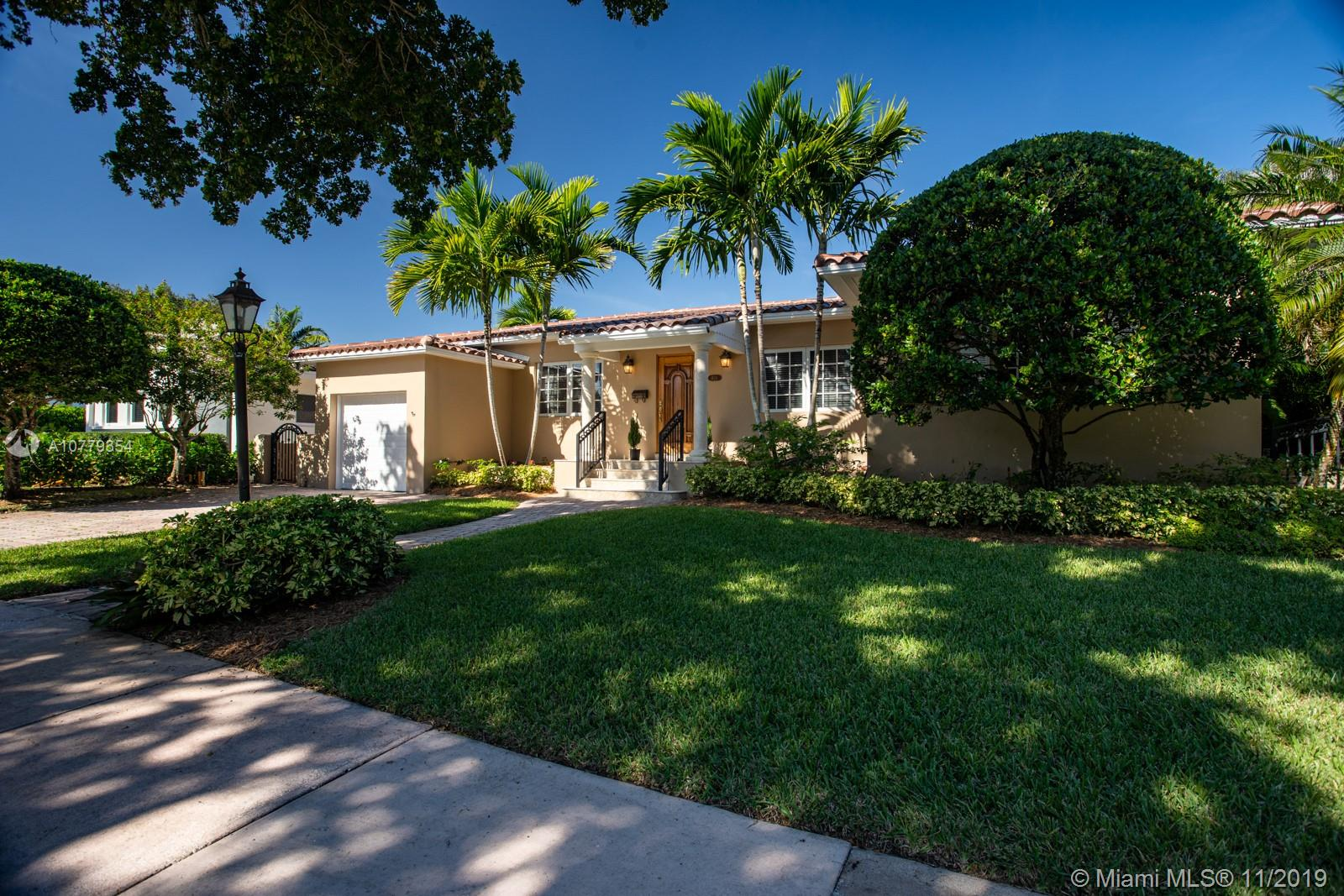 821  Malaga Ave  For Sale A10779354, FL