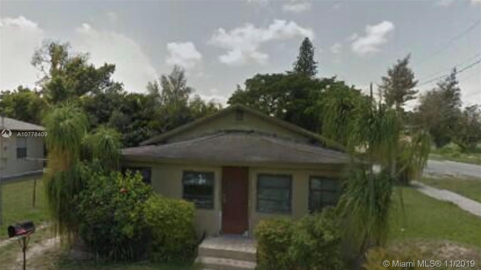 17800 SW 102nd Ave  For Sale A10778409, FL