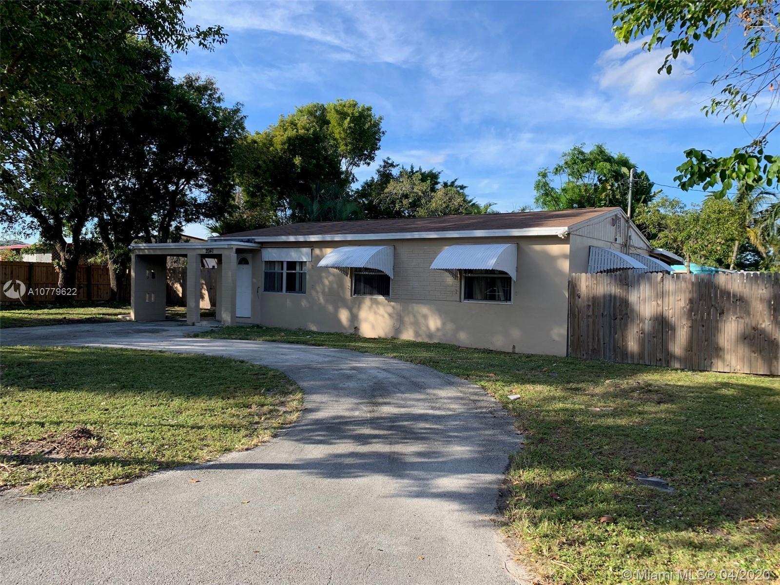 2041 Ardmore Rd, West Palm Beach, FL 33409