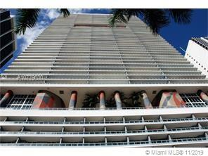 Beautiful Spacious Studio available for sale at 50 Biscayne Condo. Amazing views of city and sunset ceramic flooring, walk in closet, and plenty of space to separate living and bedroom. Building is full service with 24/7 Security, Valet, Spa, Gym and Pool. Unit comes with 1 parking space, low maintenance fee, and cable and internet included! Call LA for showings.