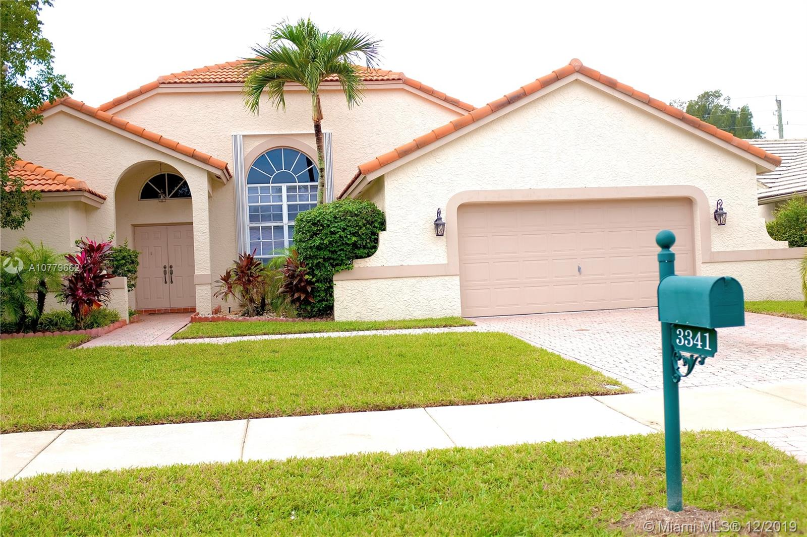 3341  Overlook Rd  For Sale A10779662, FL
