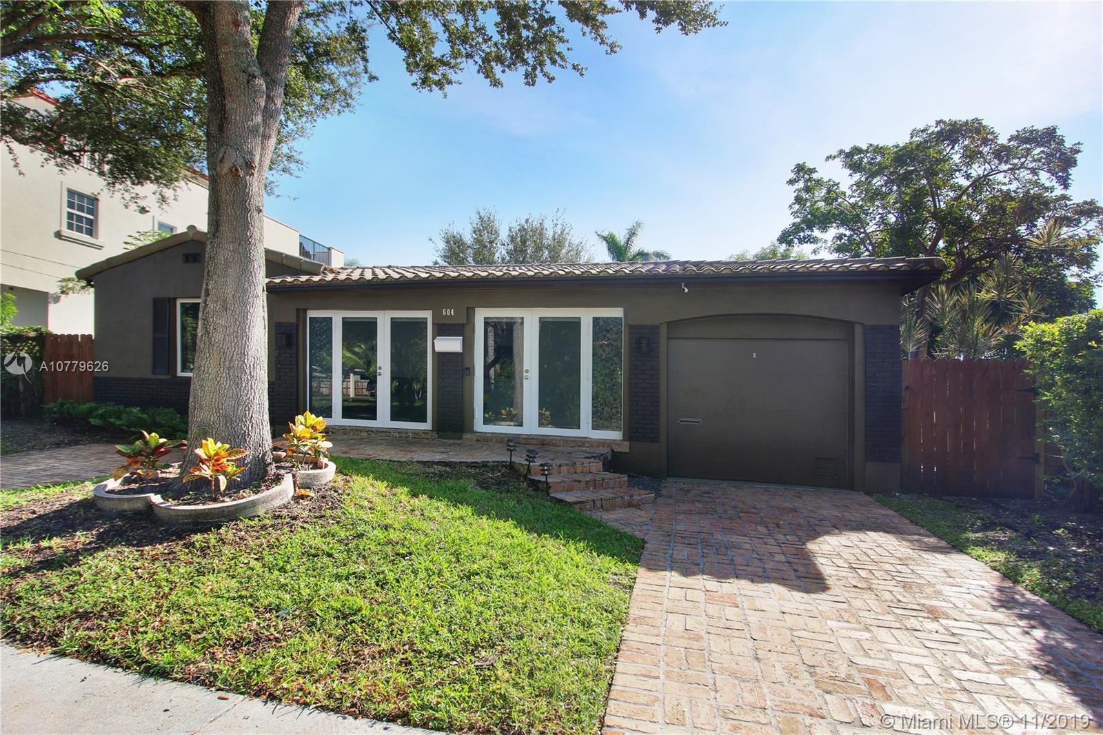 604 SW 11th Ct  For Sale A10779626, FL