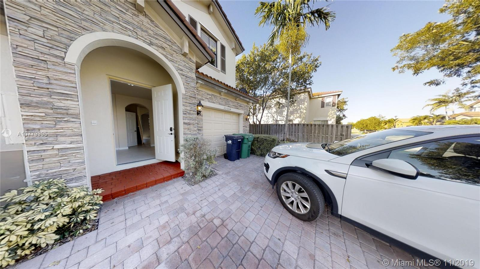 15304 SW 118th Ter  For Sale A10779995, FL