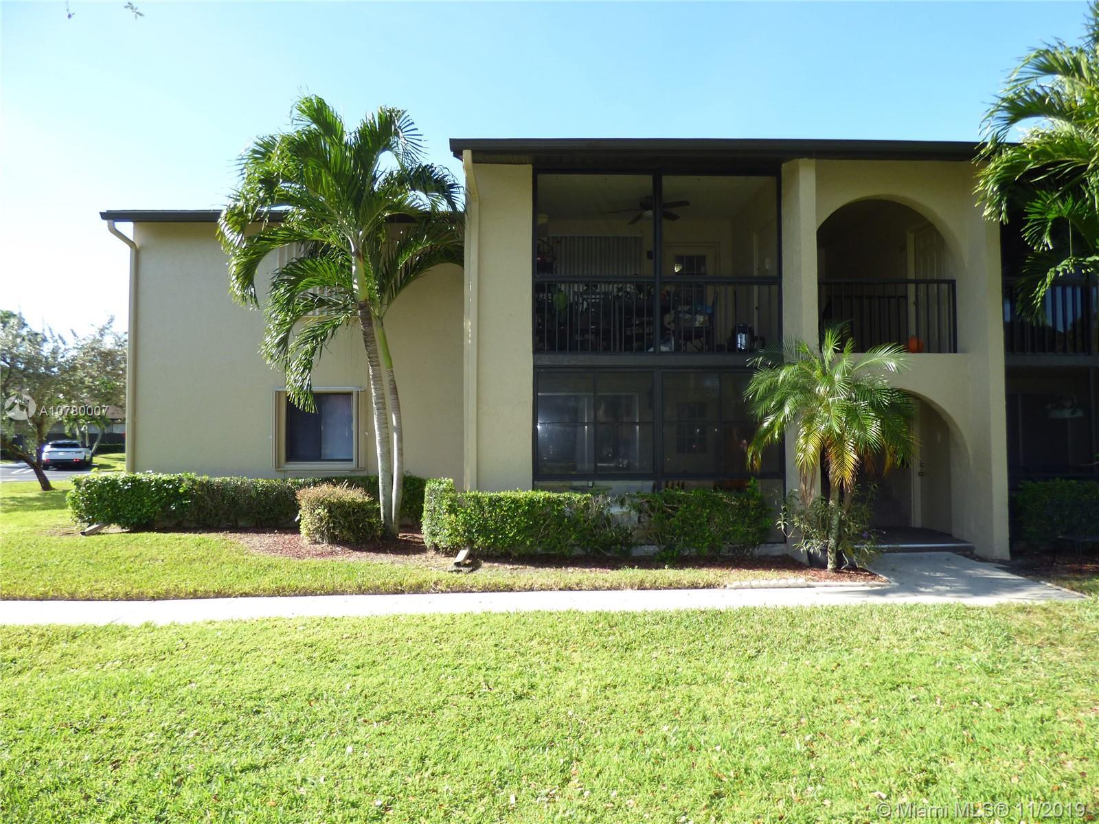 539 Shady Pine Way C1, Green Acres, FL 33415