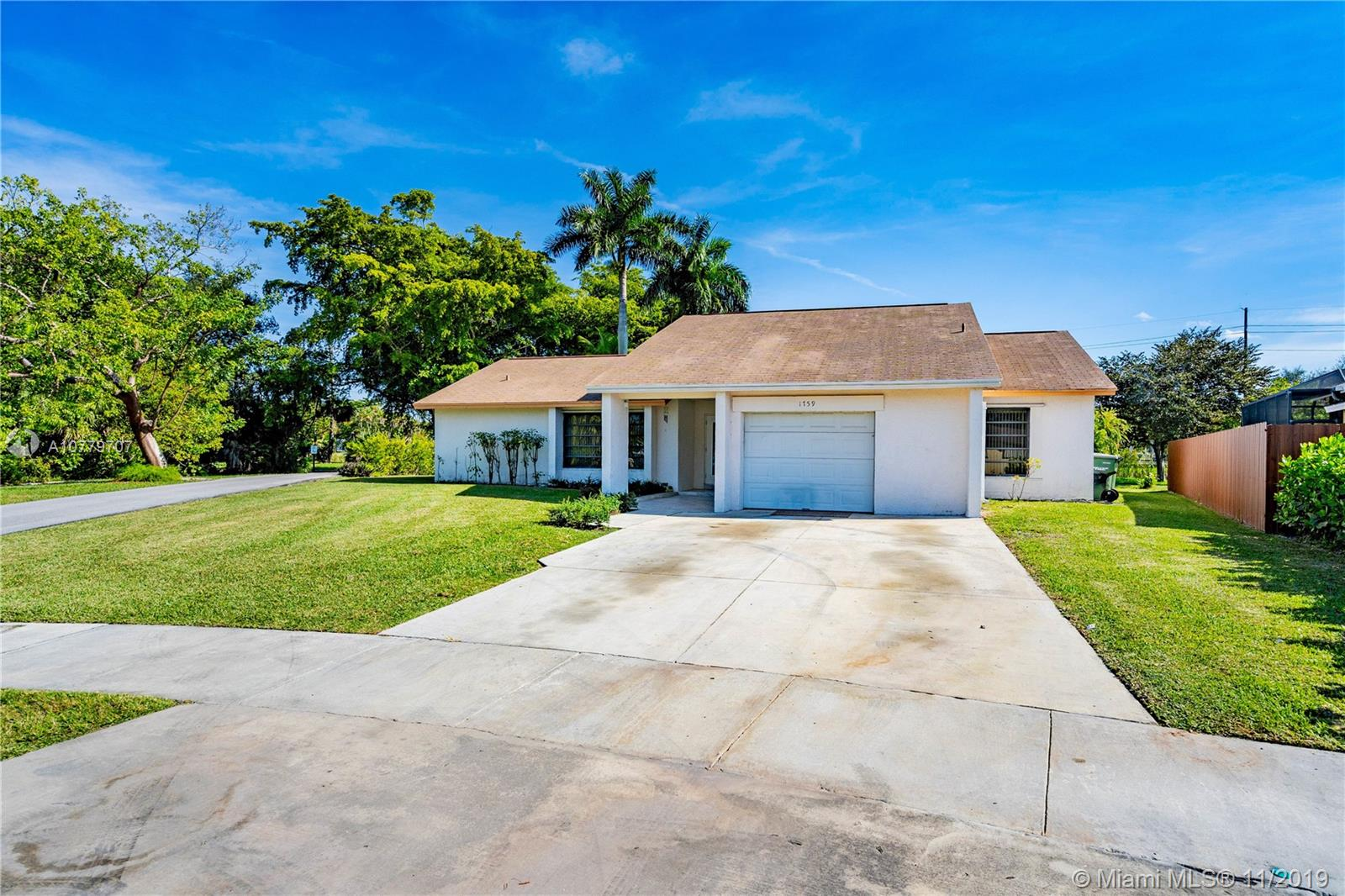 1759 N Curlew Ln  For Sale A10779707, FL