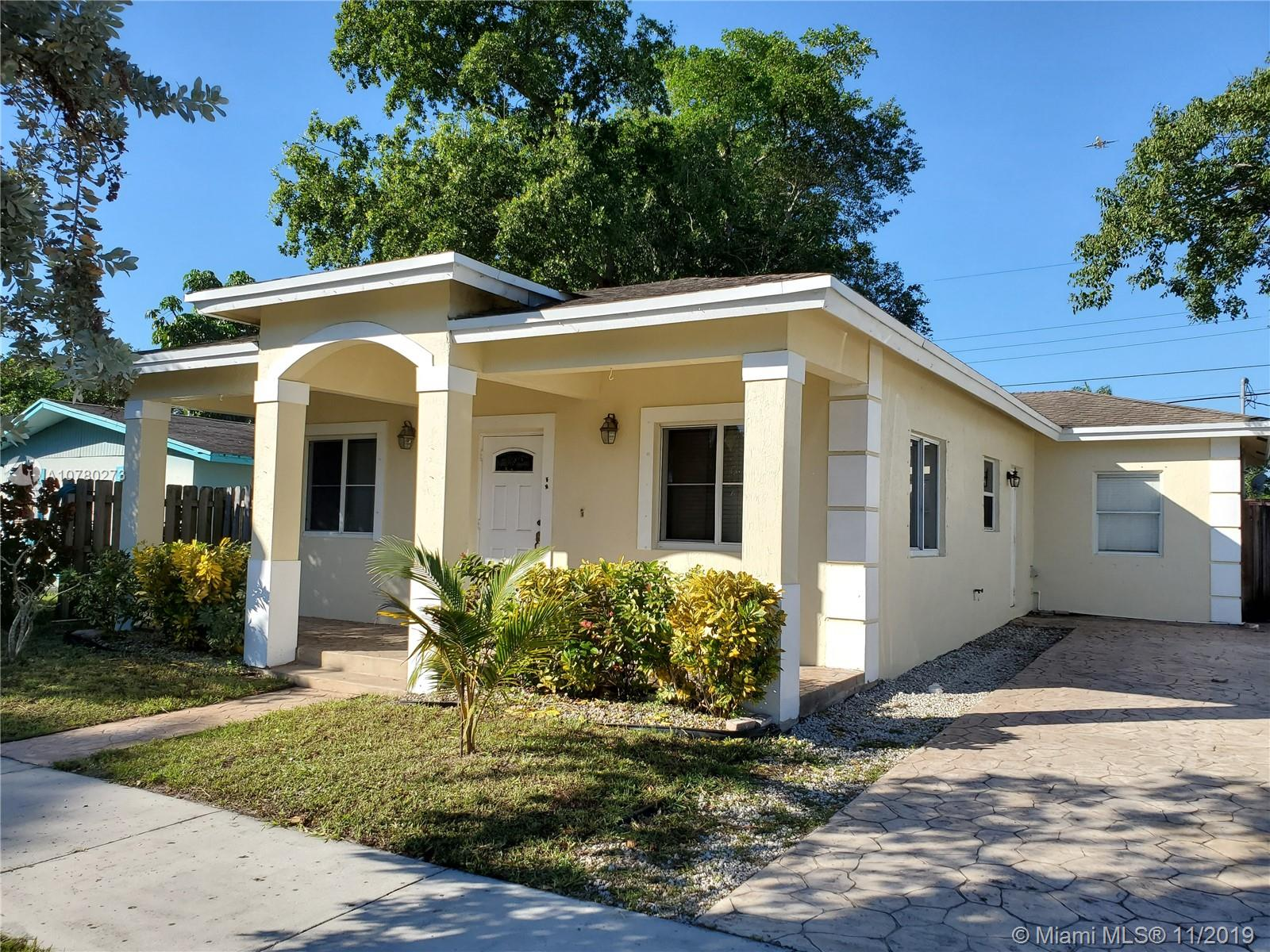 4335 SW 55th Ave  For Sale A10780273, FL