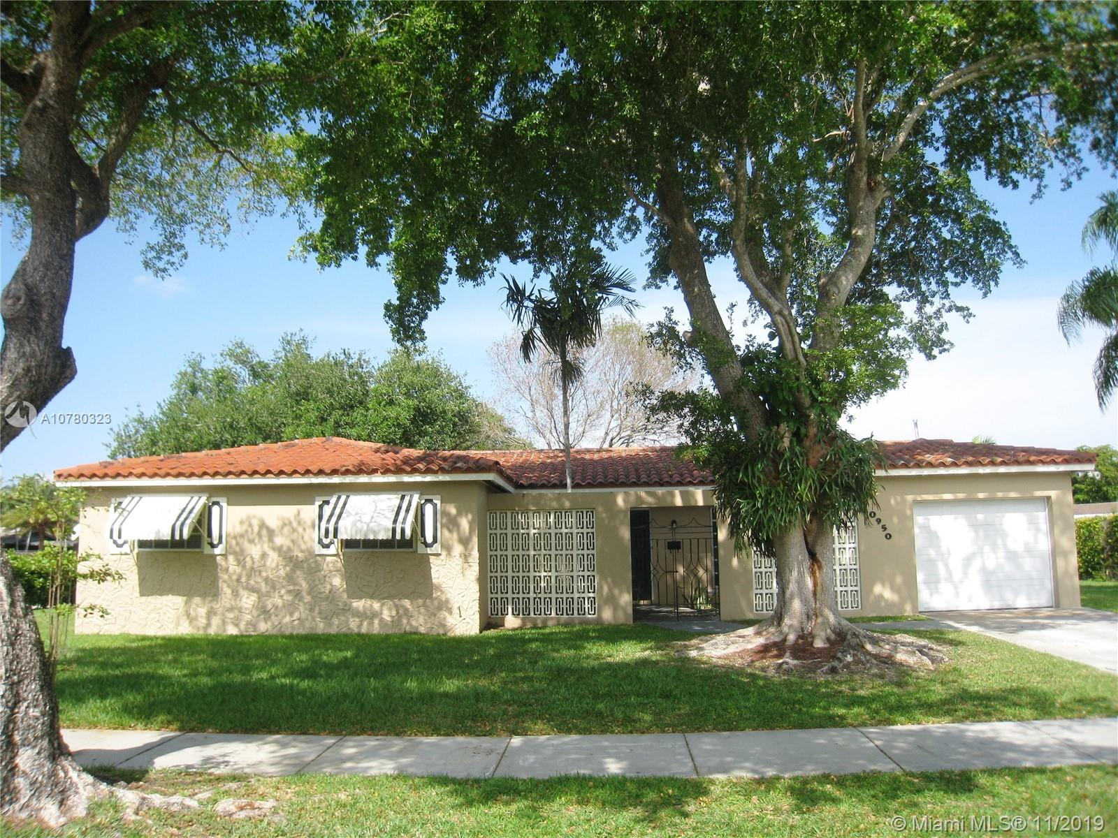 10950 SW 105th Ave  For Sale A10780323, FL