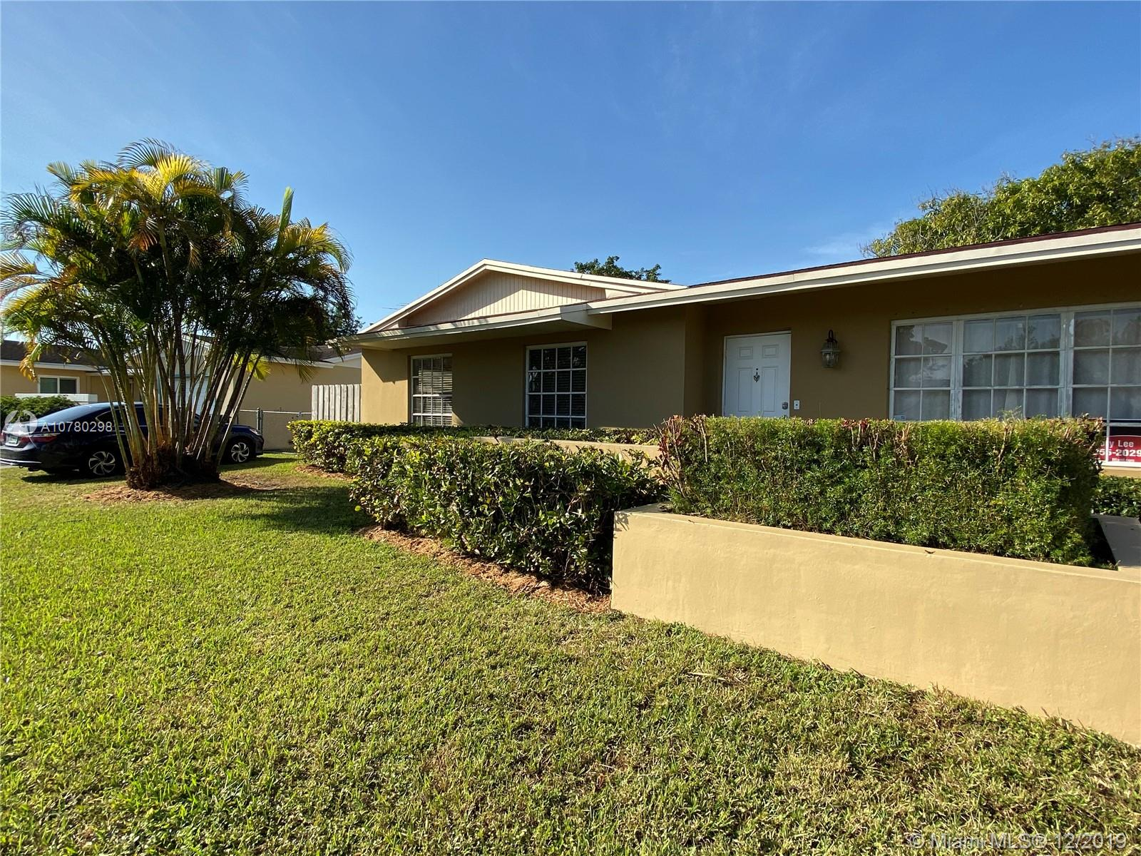 10520 SW 124th Ave  For Sale A10780298, FL