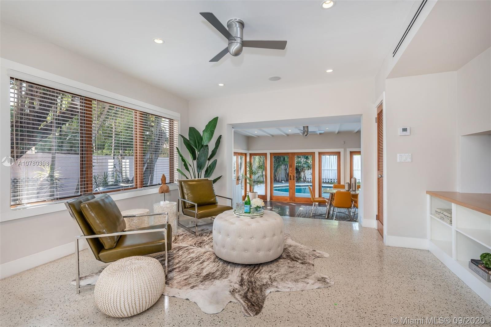 9116  Byron Ave  For Sale A10780398, FL