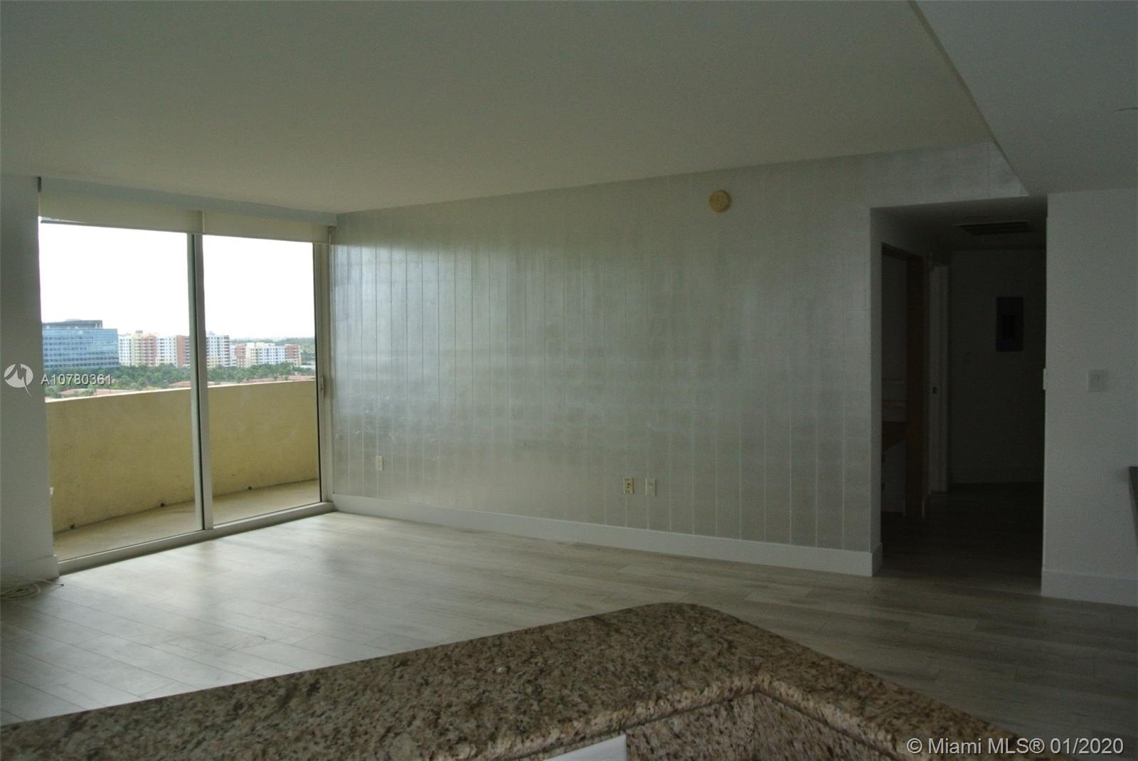 19501 W Country Club Dr #1206 For Sale A10780361, FL
