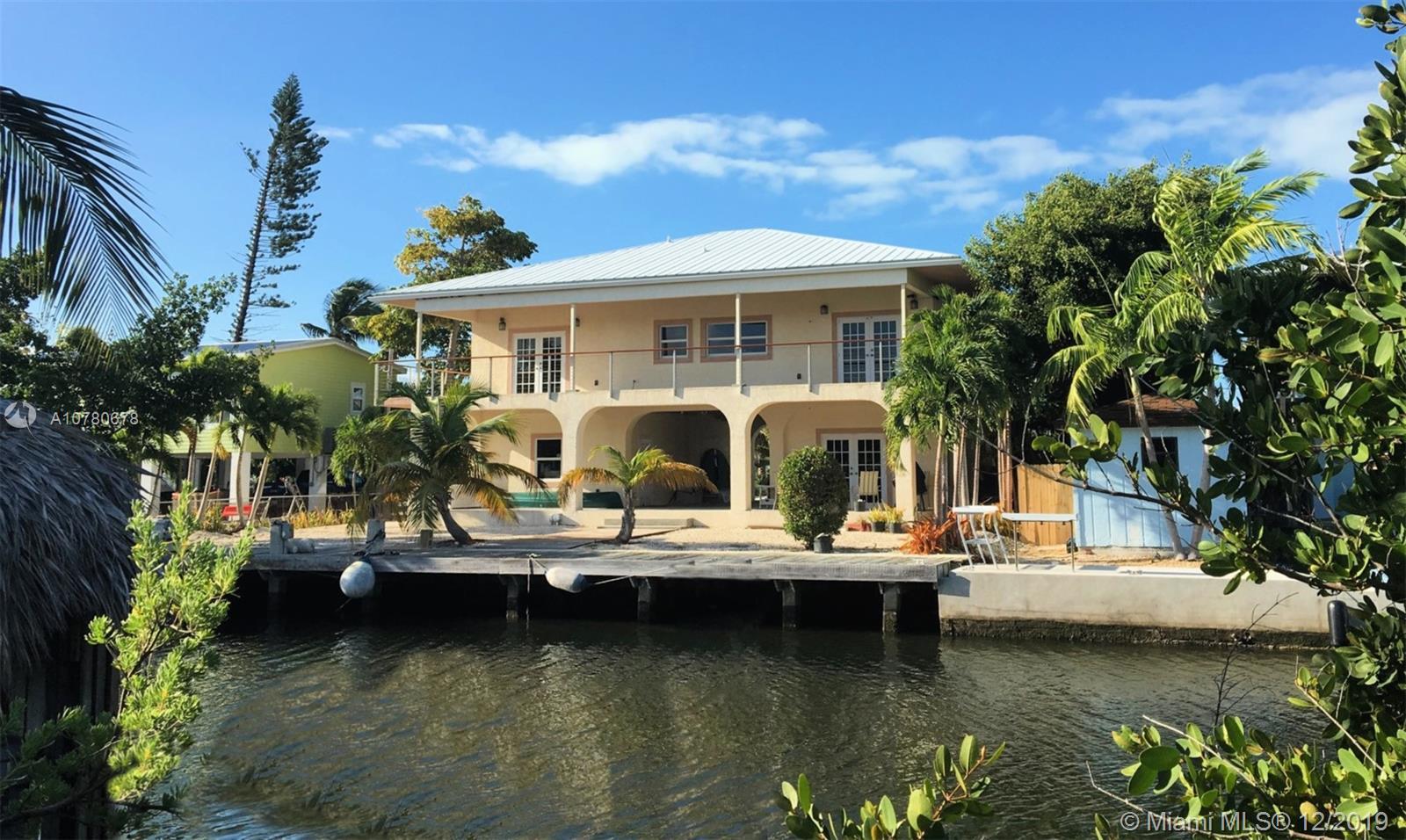 125 Venetian Dr, Other City - Keys/Islands/Caribbean, FL 33036