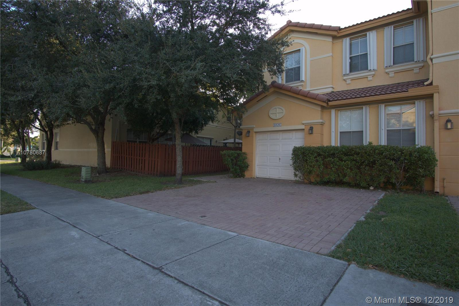 8126 NW 108 AVE #8126 For Sale A10780687, FL