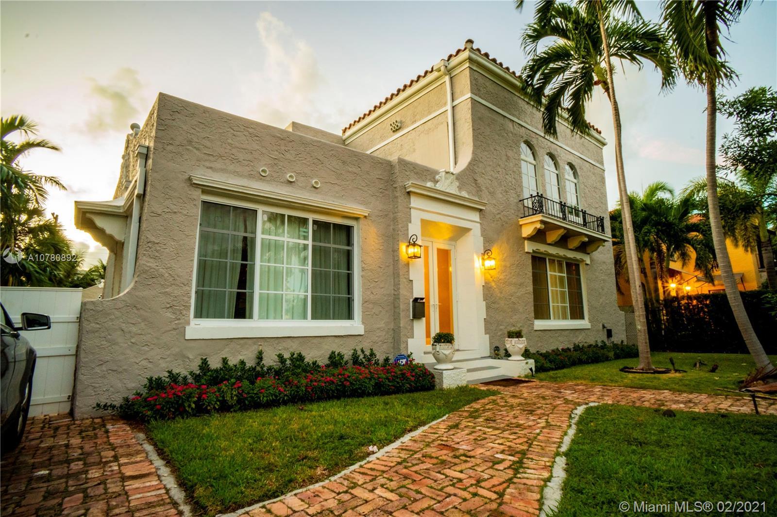 2318  Prairie Ave  For Sale A10780892, FL