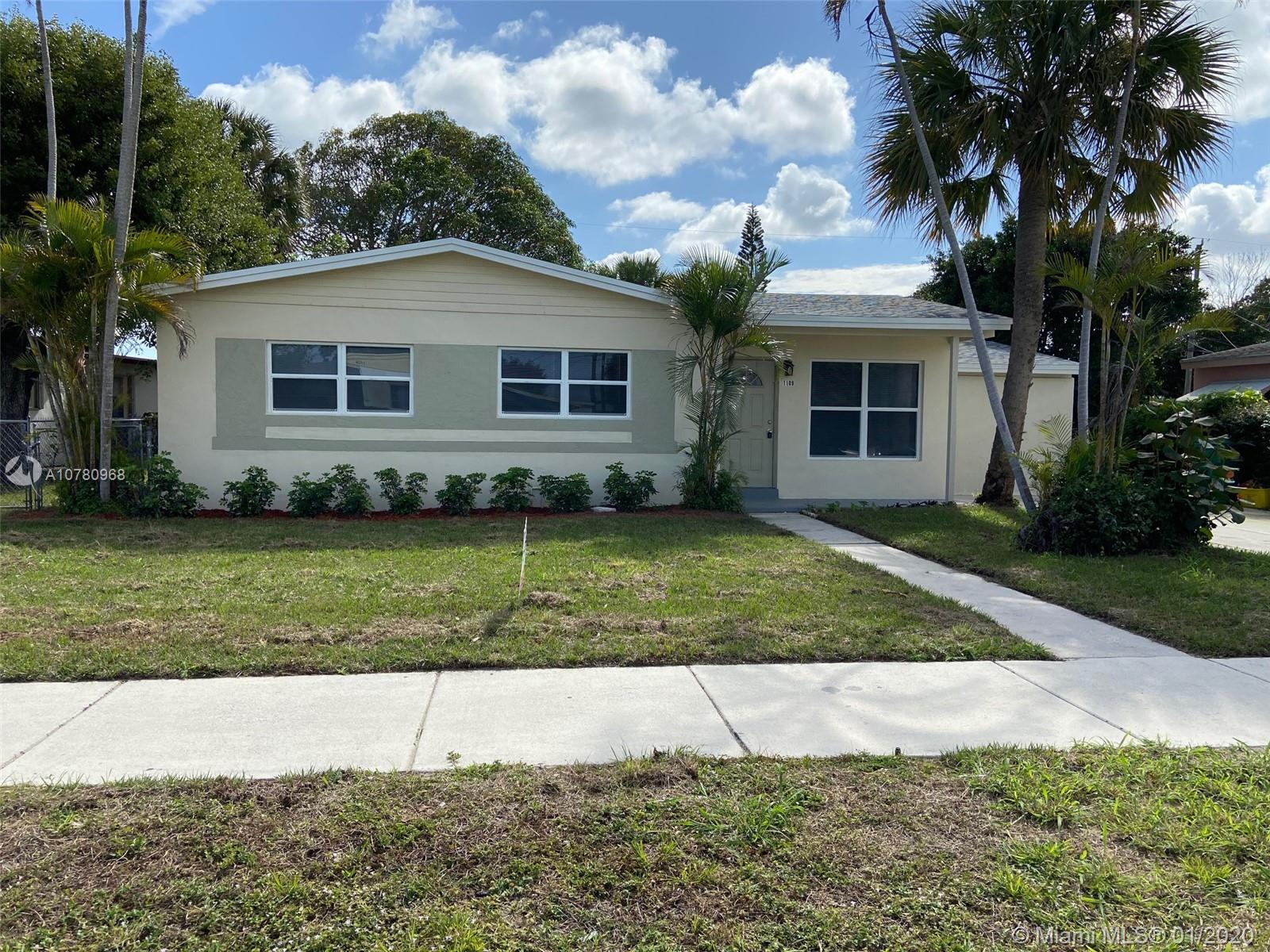 1109 W 27th St, Riviera Beach, FL 33404