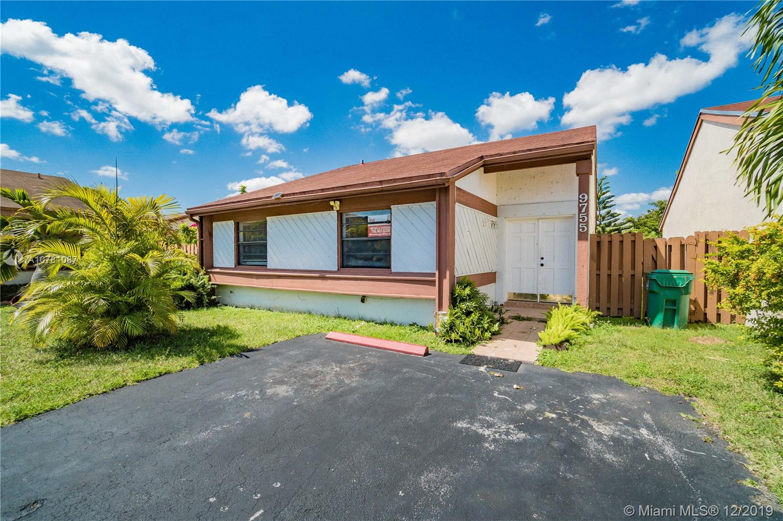 9755 SW 148th Ct  For Sale A10781087, FL