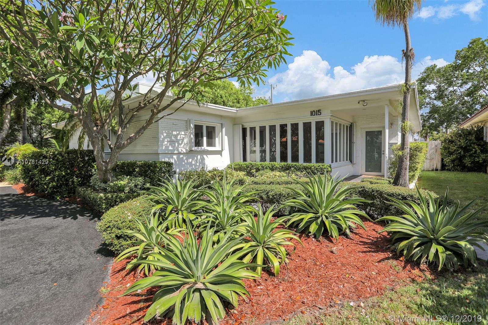 1015 Shore Ln, Miami Beach FL 33141