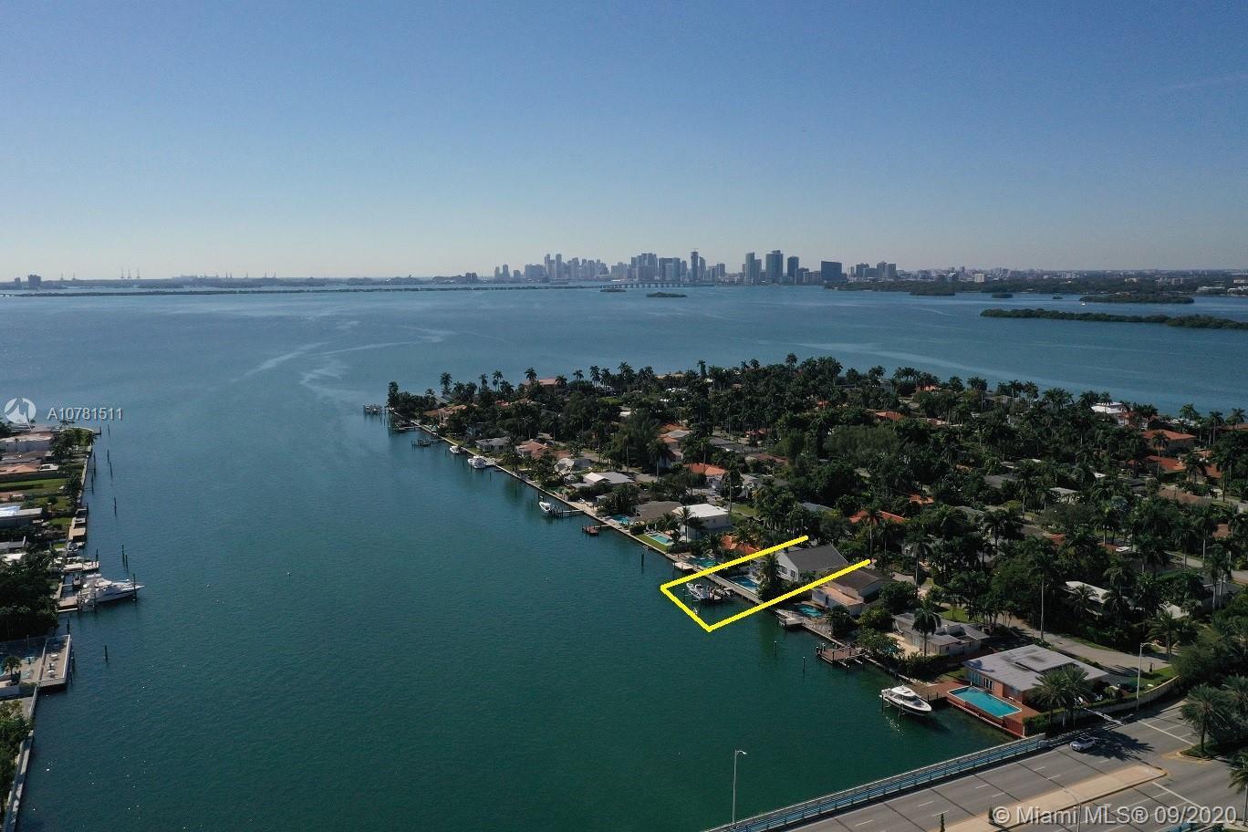 7623 Beachview Dr, North Bay Village, FL 33141