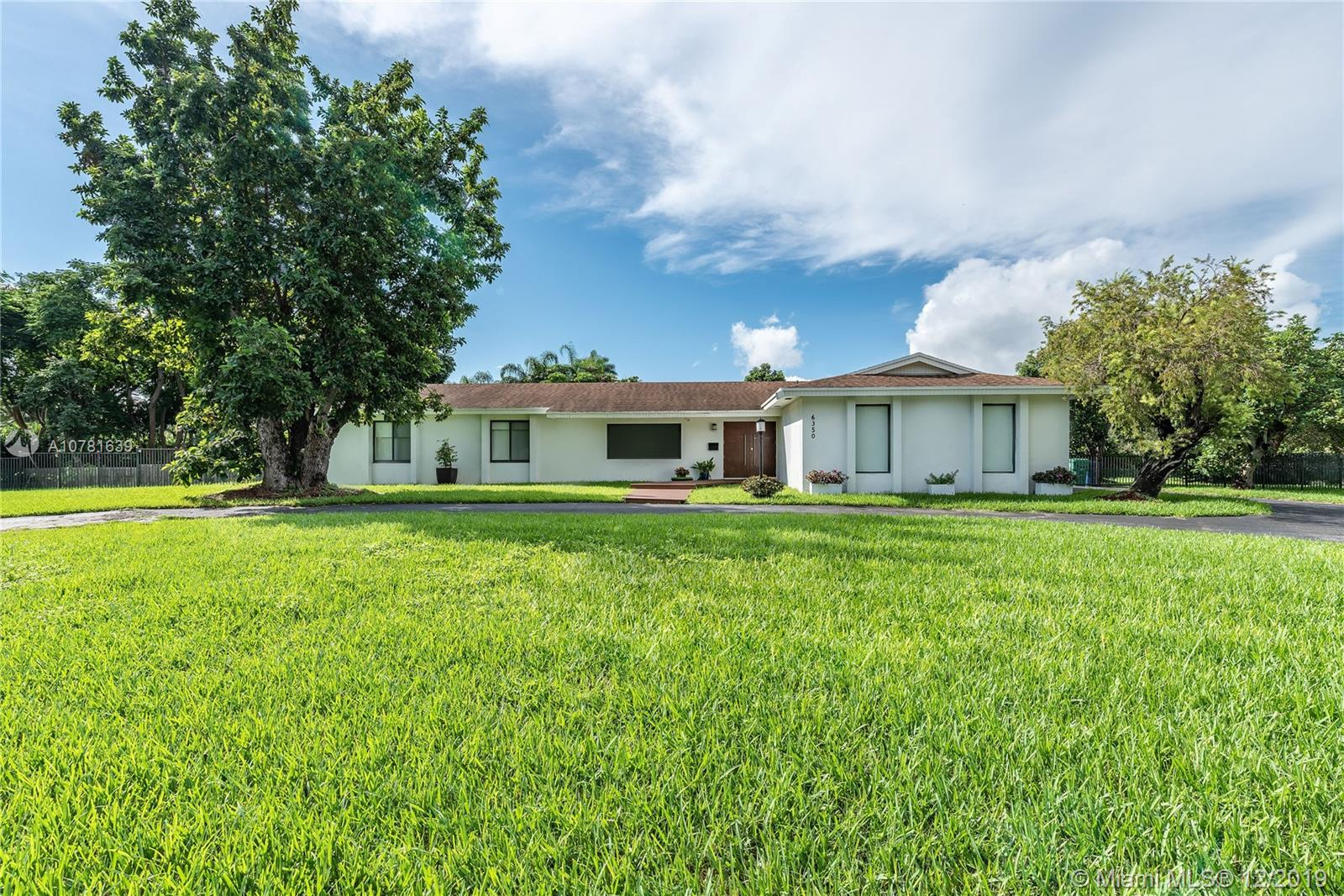 6350 SW 124th St  For Sale A10781639, FL