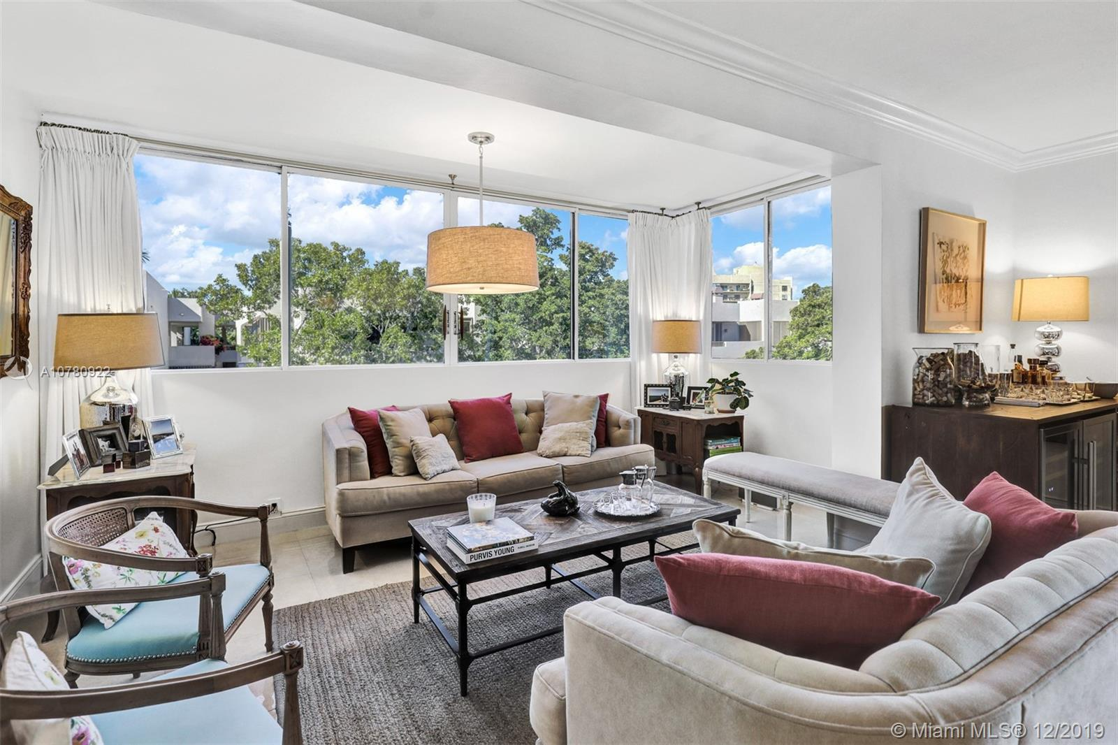 181  Crandon Blvd #401 (2,390 sq ft actual) For Sale A10780922, FL