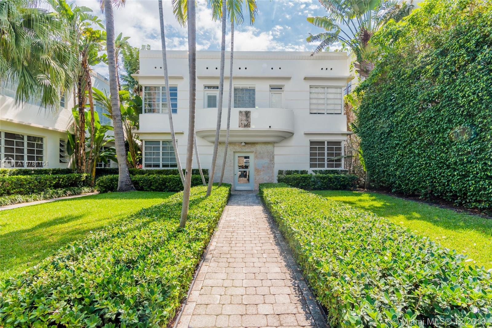 1569  Michigan Ave #9 For Sale A10781151, FL