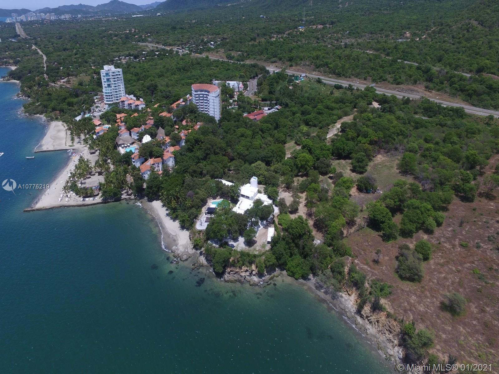 Santa Marta Los Alcatraces  For Sale A10776219, FL