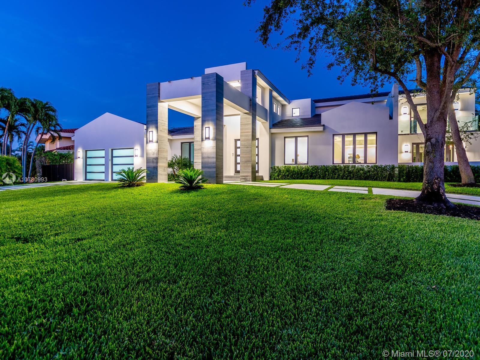 1251  Bella Vista Ave  For Sale A10780993, FL