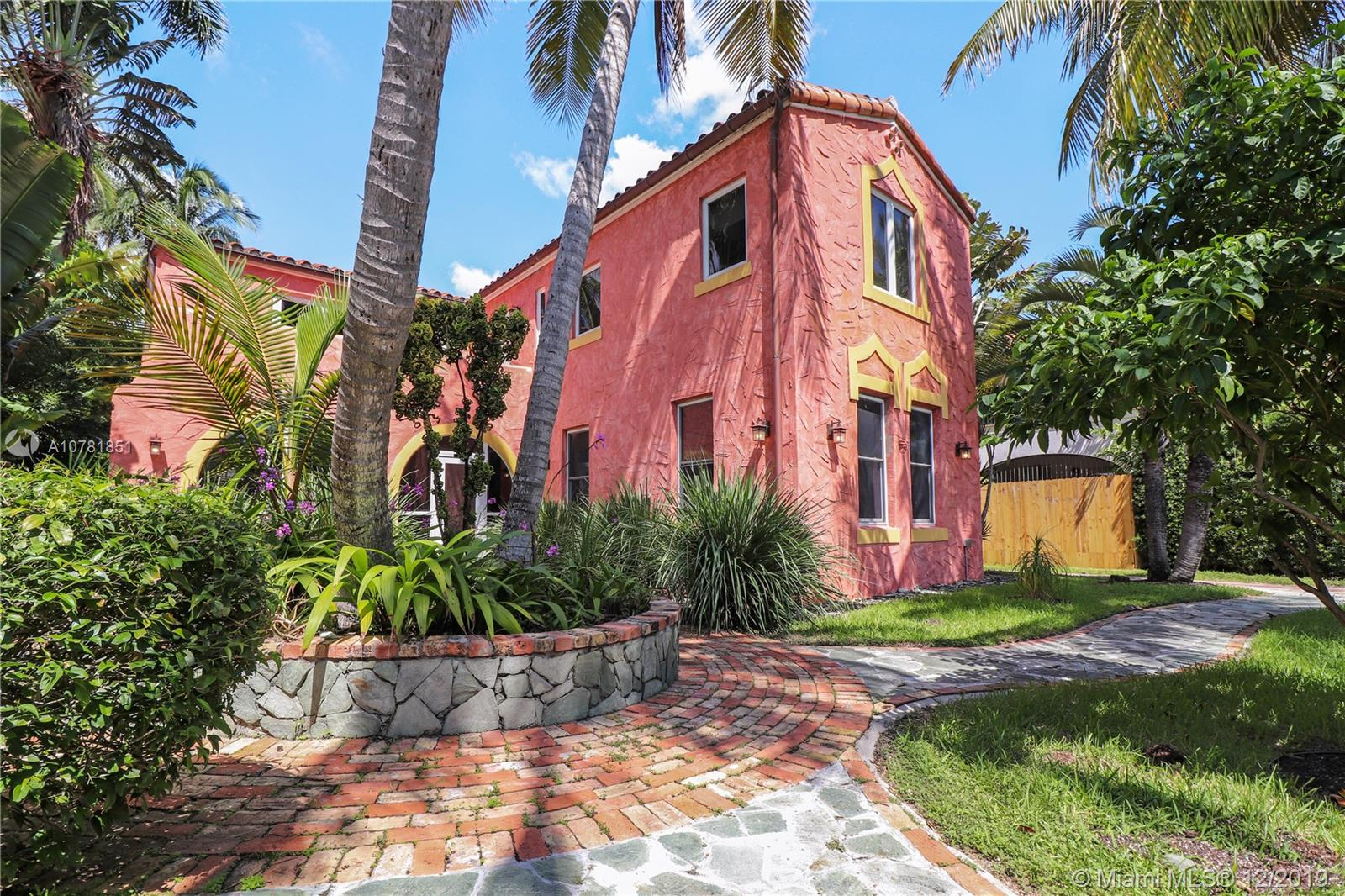 2464  Prairie Ave  For Sale A10781851, FL
