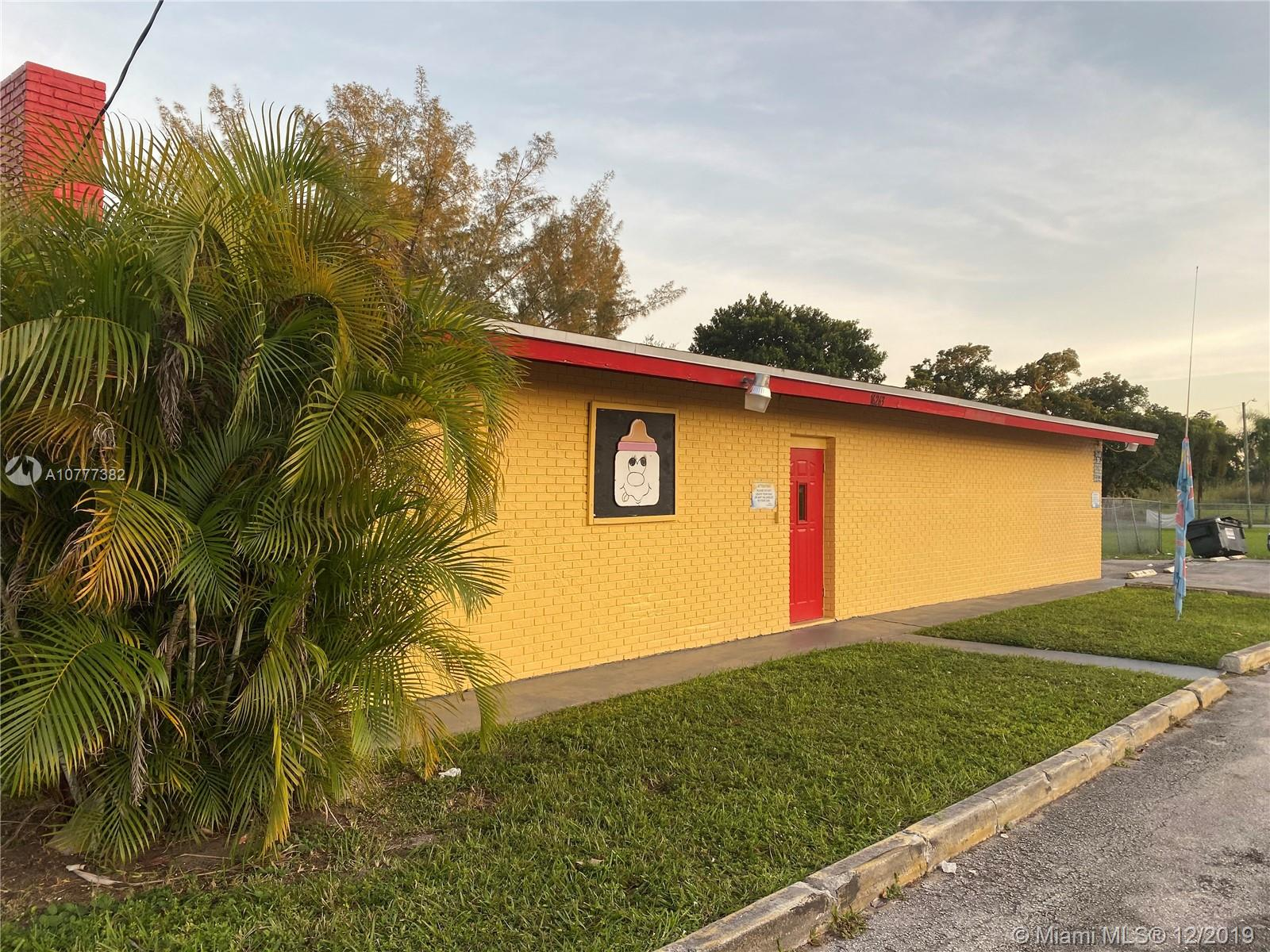 151 NW 162nd St, Miami, FL 33169