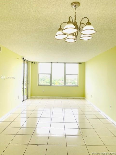 17890 W Dixie Hwy #719 For Sale A10781932, FL