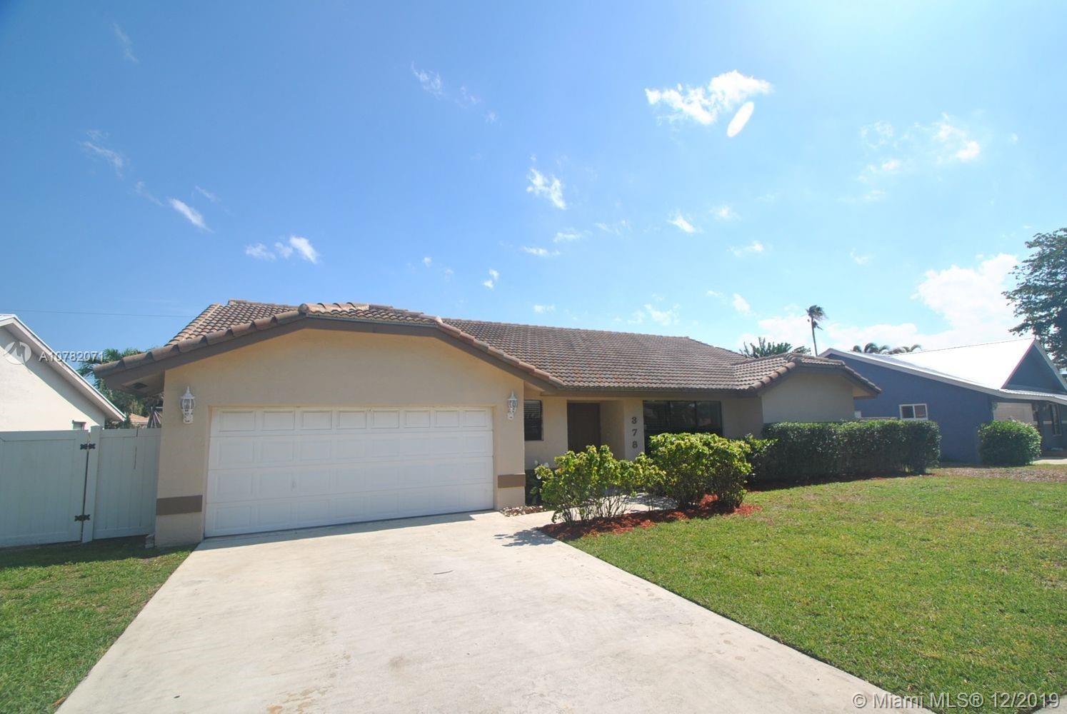378 N Country Club Blvd, Boca Raton, FL 33487