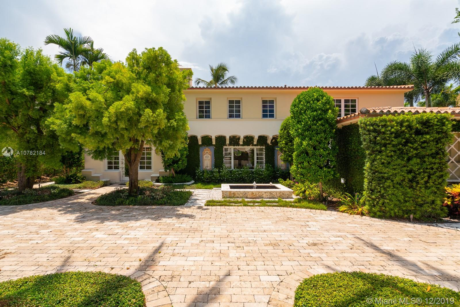 3190  Pine Tree Dr  For Sale A10782184, FL