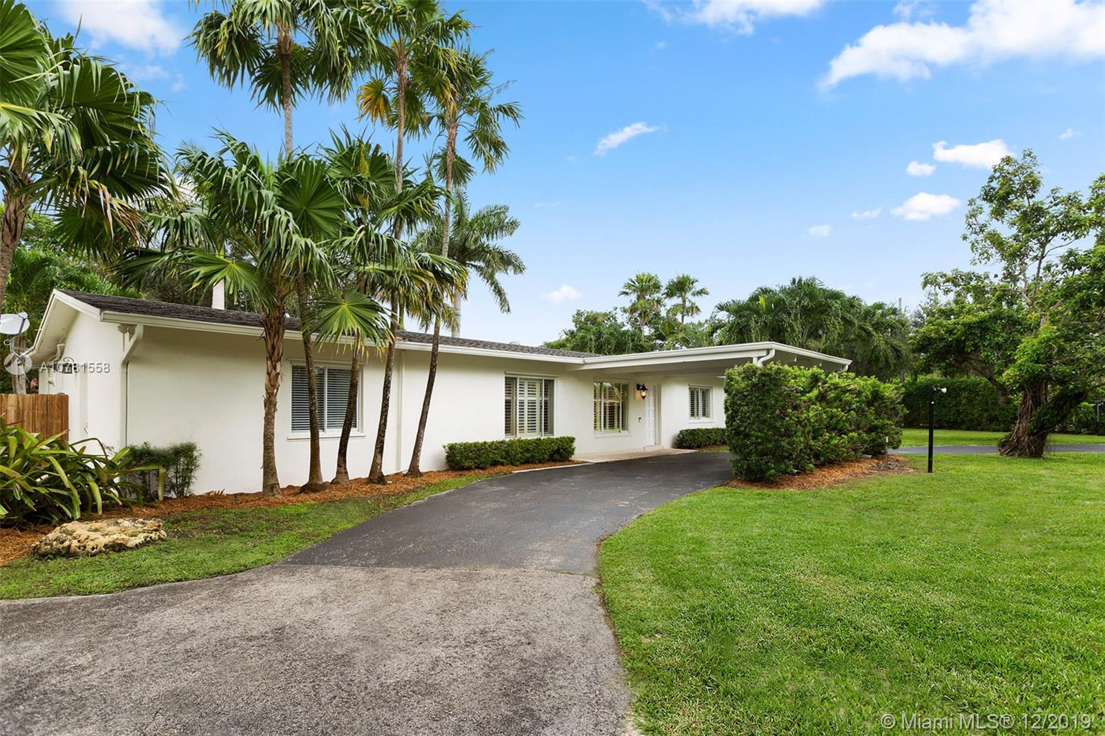 9195 SW 114th St  For Sale A10781558, FL