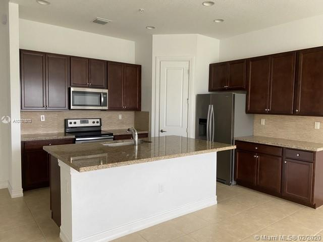11524 SW 16 st  For Sale A10781813, FL