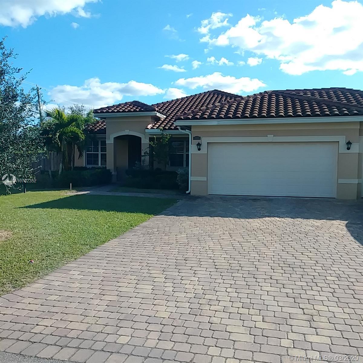 1410 NW 21st St, Homestead, FL 33030