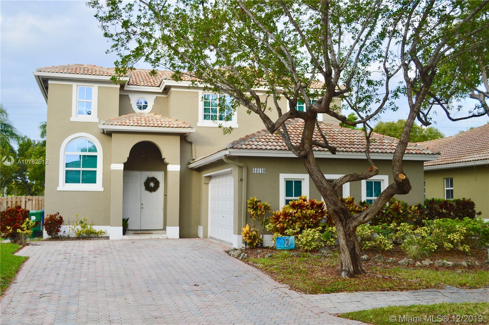 16140 SW 91st Ct  For Sale A10782512, FL