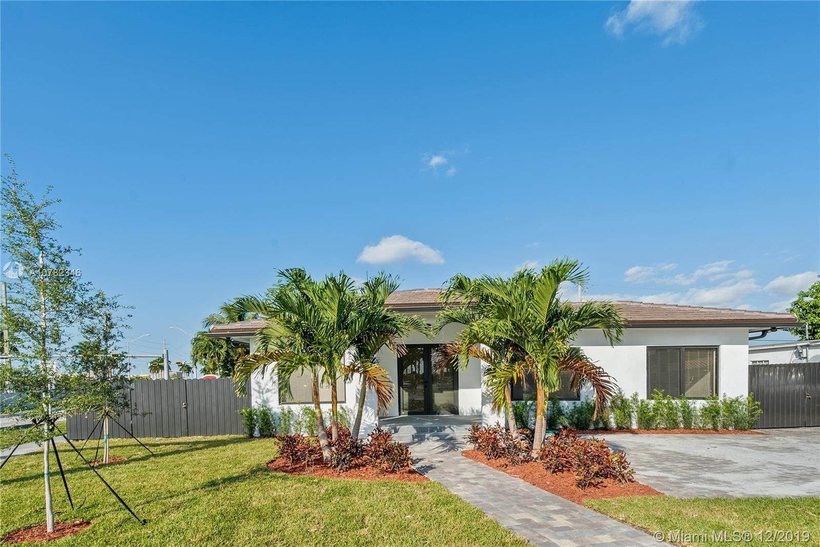 11625 SW 47th Ter  For Sale A10782346, FL