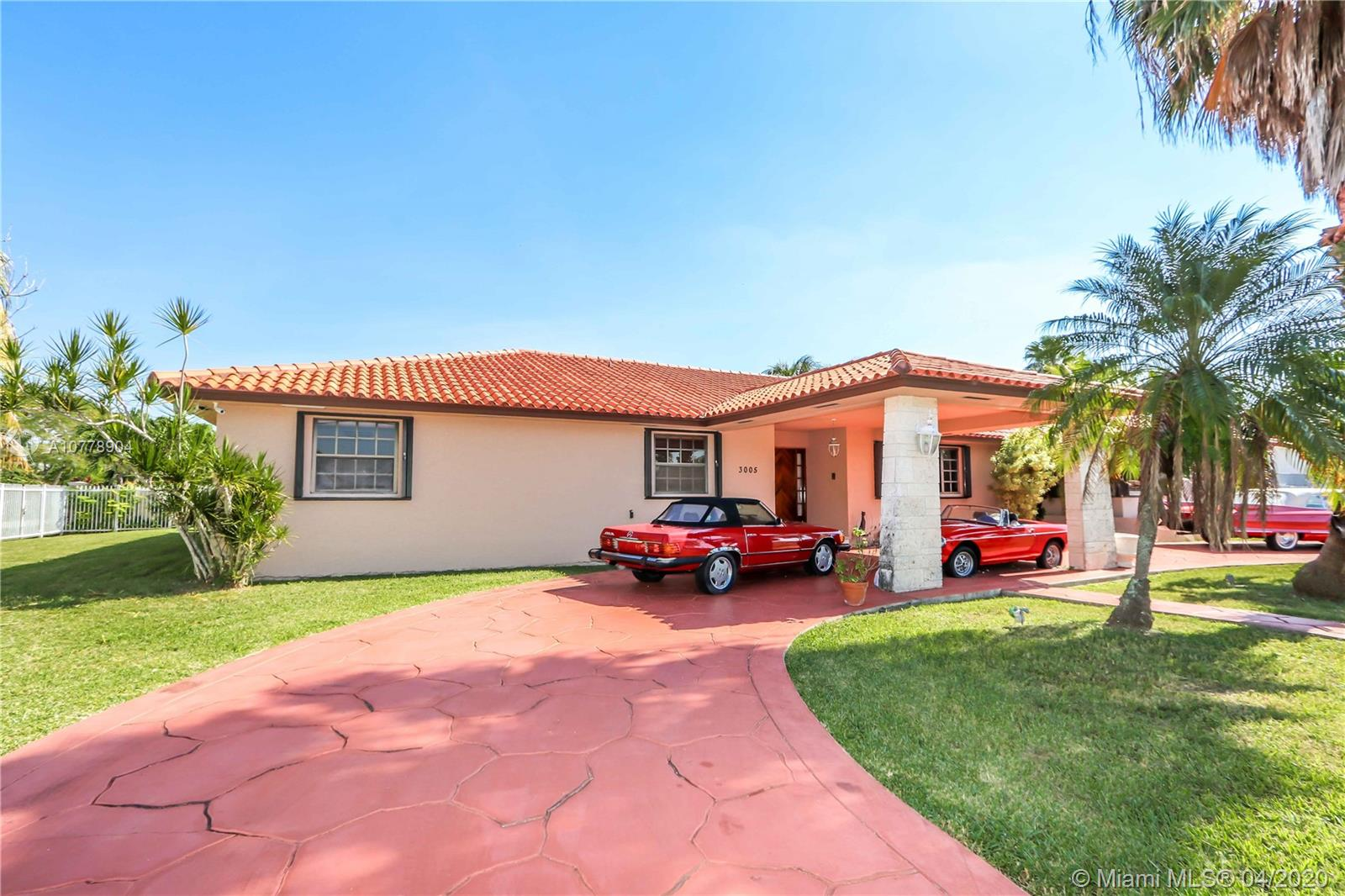 3005 SW 110th Ave  For Sale A10778904, FL