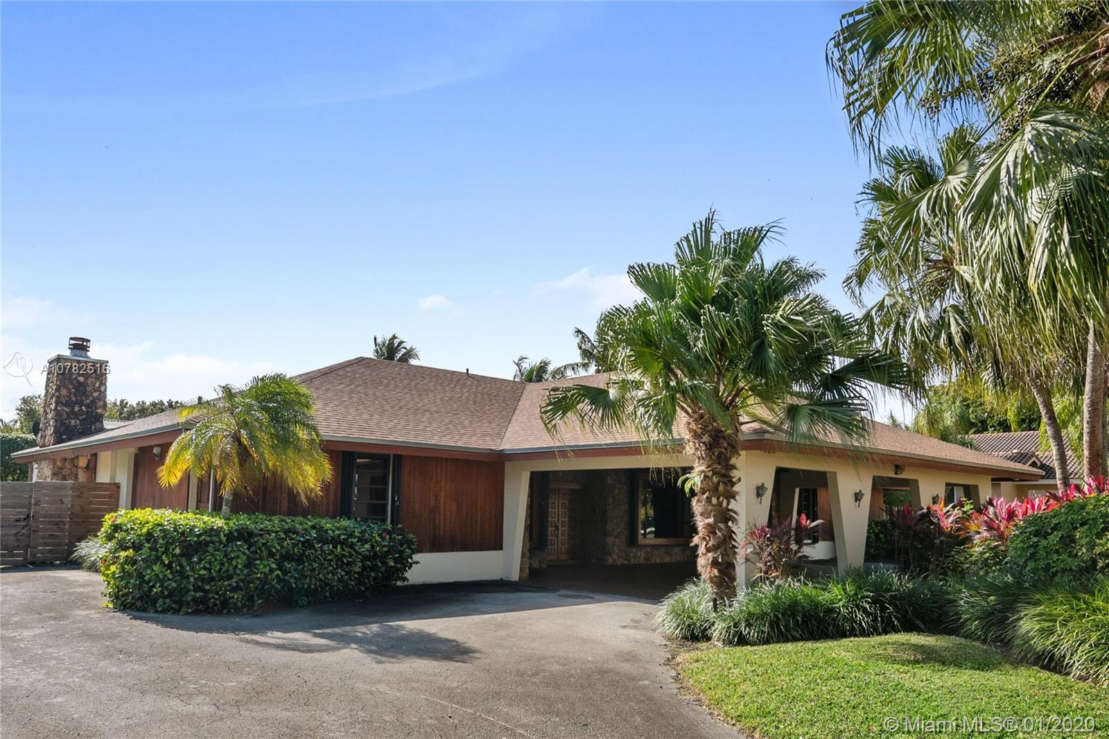 10100 SW 142nd St  For Sale A10782516, FL