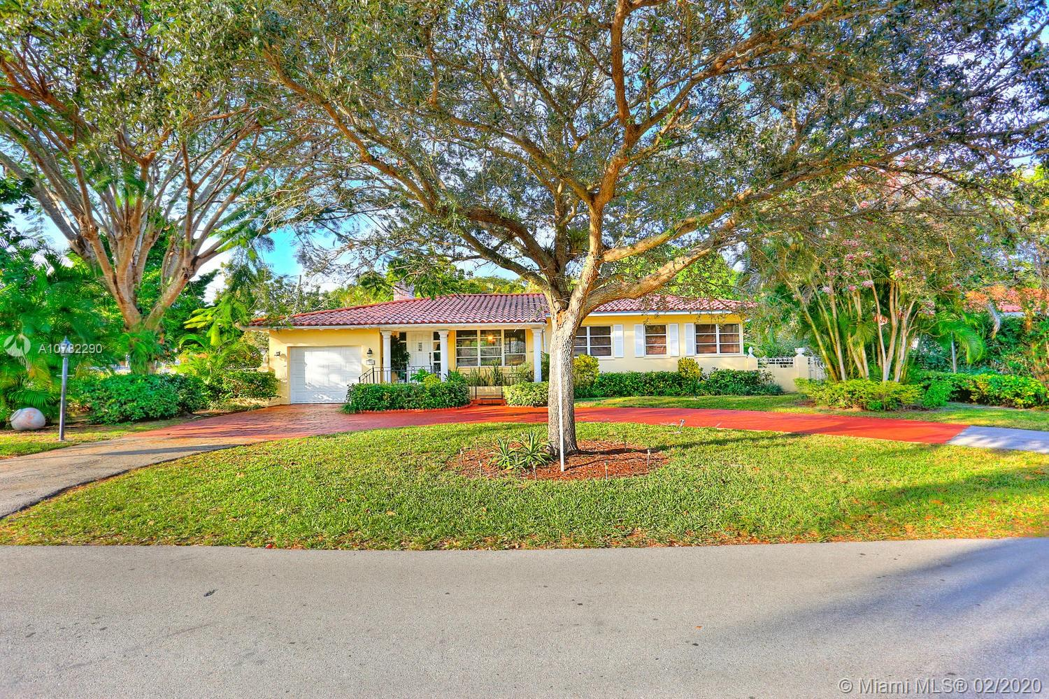 1541  Palancia Ave  For Sale A10782290, FL