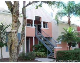 1011  Crystal Way #N For Sale A10782761, FL