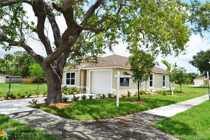 2401 NW 152nd Ter, Miami, FL 33054