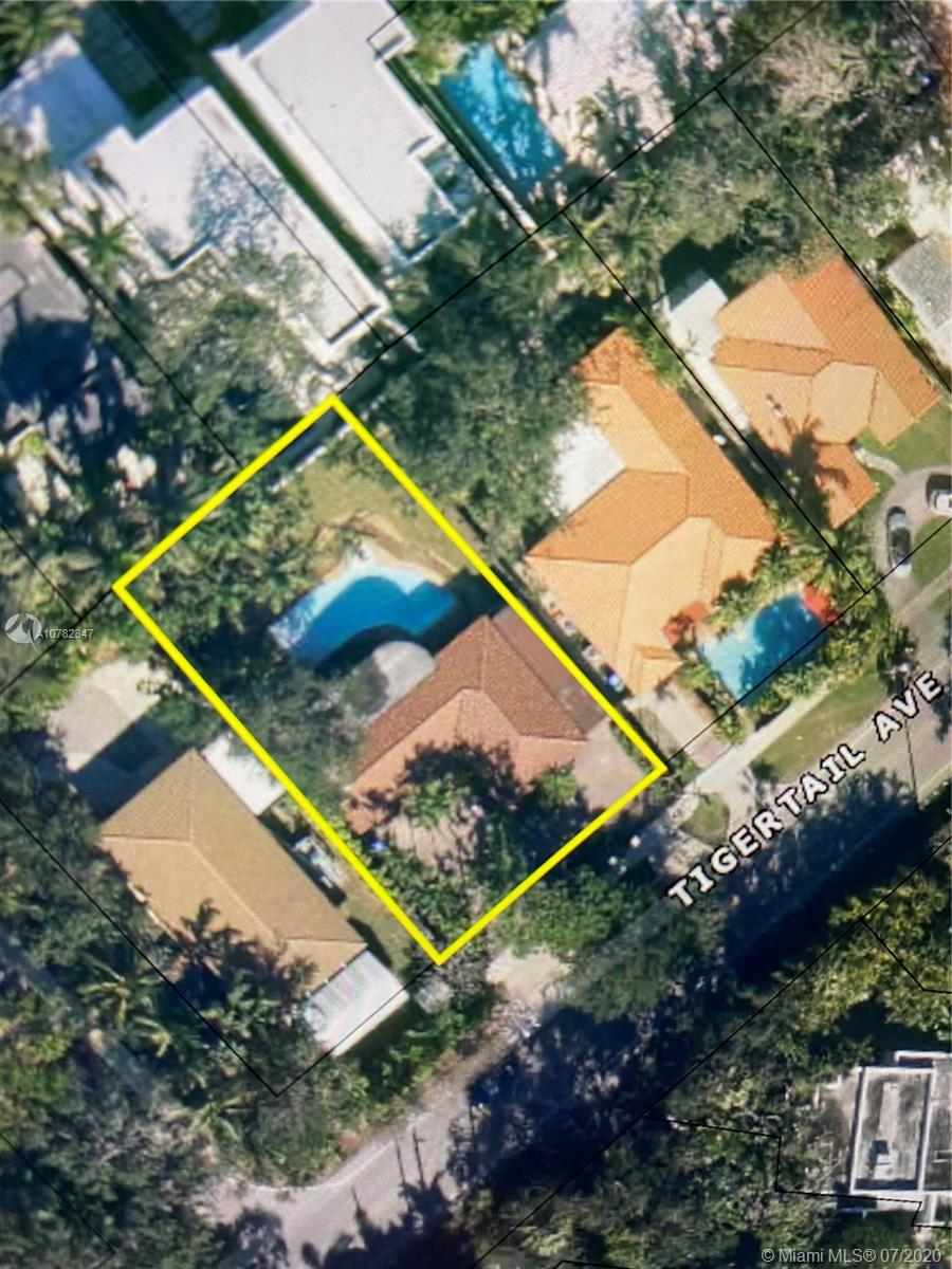 2481  Tigertail Ave  For Sale A10782847, FL