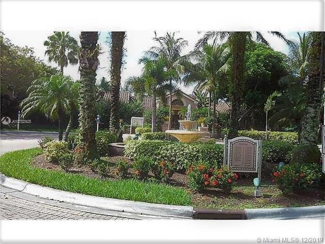 12172  Saint Andrews Pl #109 For Sale A10782925, FL