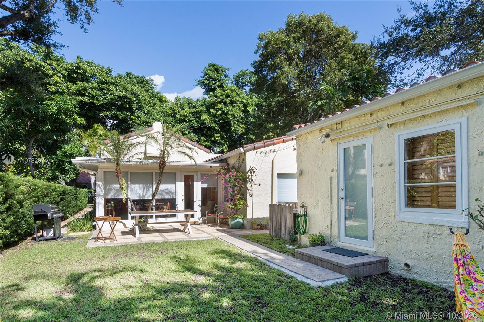 1028  Almeria Ave  For Sale A10782974, FL