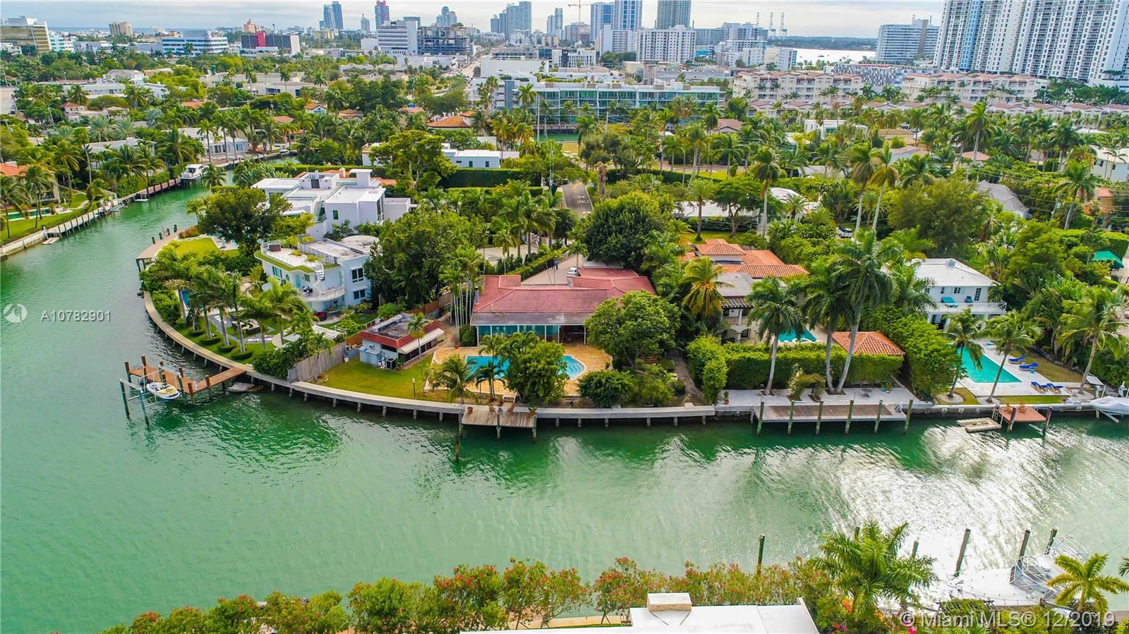 2135  Lake Ave  For Sale A10782901, FL