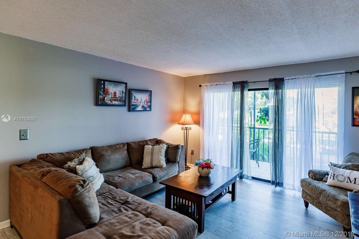 9610 Green Cypress 9, Fort Myers, FL 33905