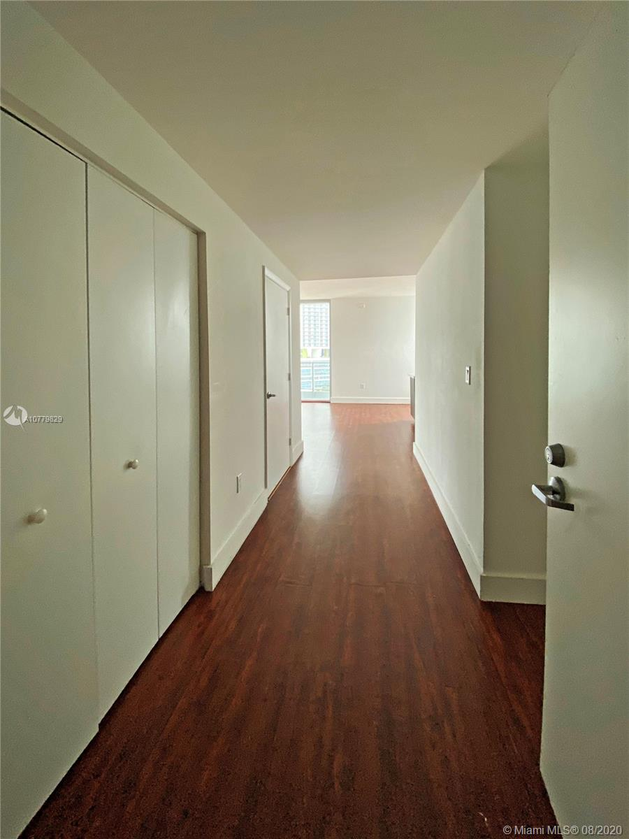 90 SW 3rd St #1413 For Sale A10779829, FL