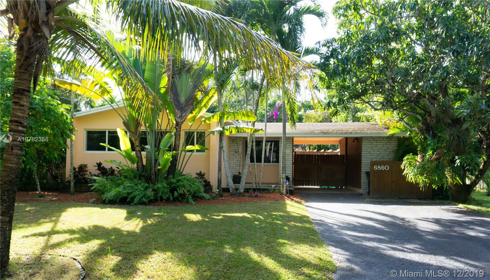 6860 SW 76th Ter  For Sale A10782356, FL